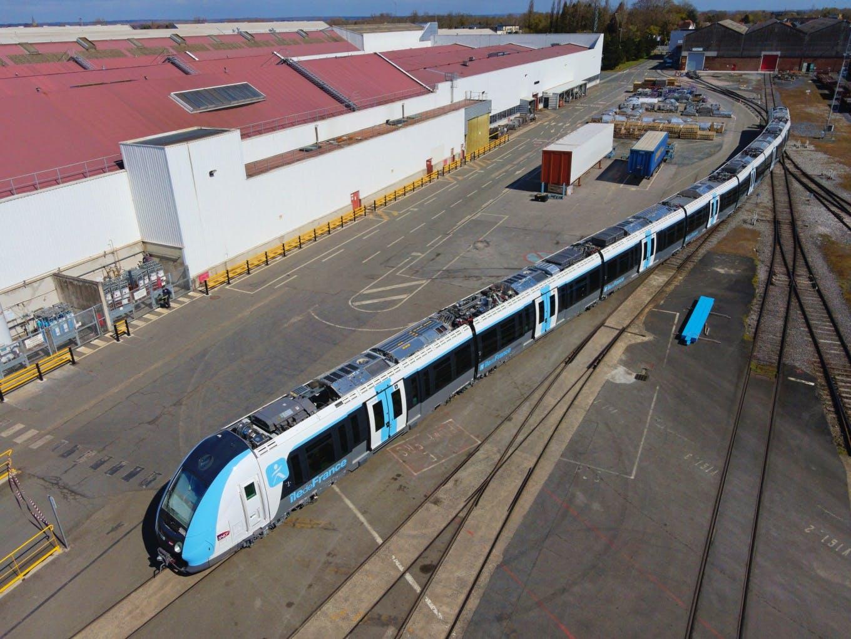 La 300ème rame du Francilien, sur le site Alstom de Crespin © Samuel Dhote / Alstom